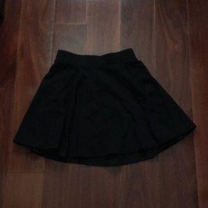 H&M High-Rise Black Circle Skater Skirt (Sz XS)